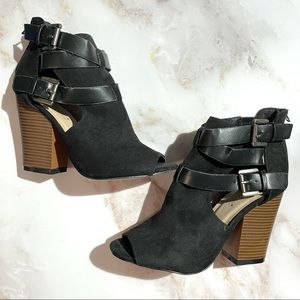 Tonna Suede Chunky Bootie 4 Inch Heels - 6.5